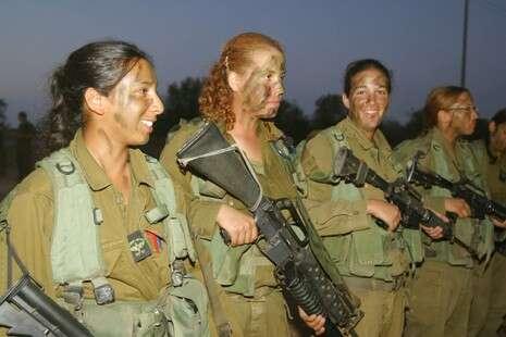 مجندات الجيش الاسرائيلي