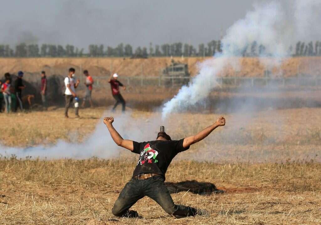 מפגין פלסטיני בעזה. צילום: AFP